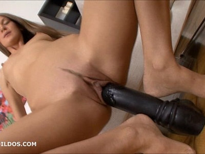 brunette  brutal  dildo  pussy  stretching  thick